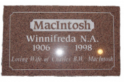 MacINTOCH-Winnifreda
