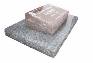 Pacific Red Granite Pillow Marker