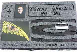 Sera Grey Pillow Marker with Rough Sides and Photo Plaques